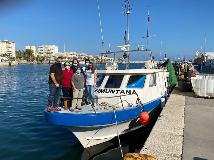 Continues the interviews to fishermen in Spain